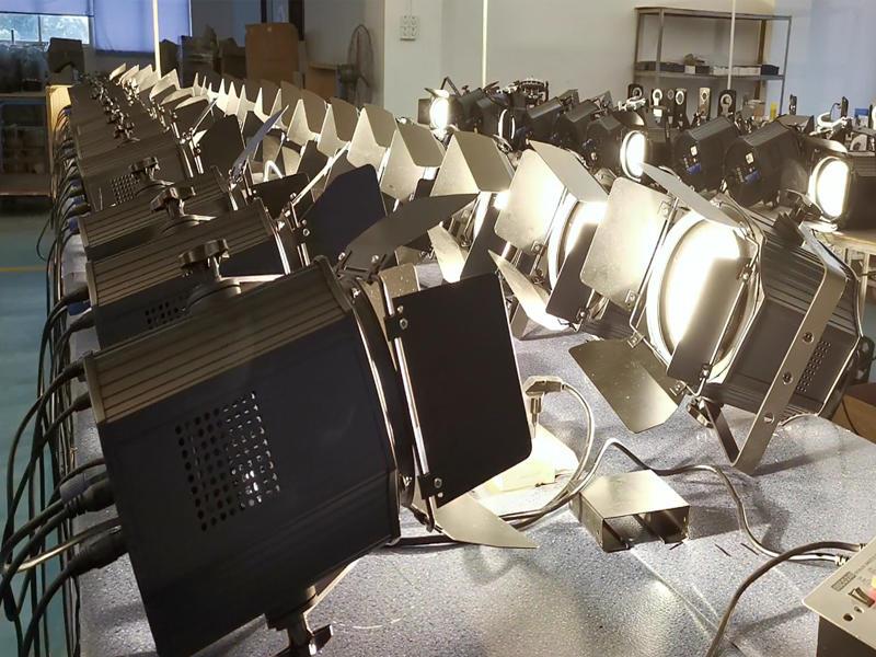 Fresnel 200W Face COB Par Light